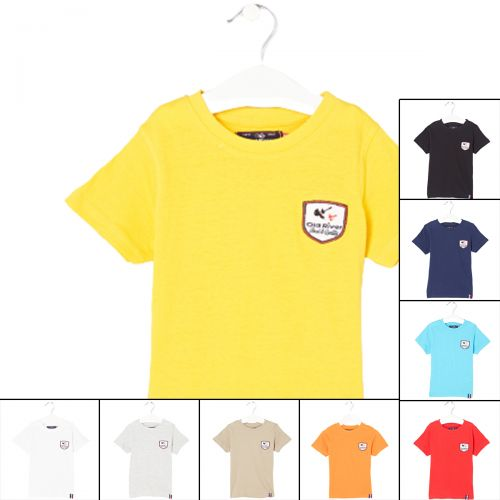 Old River T-shirts with short sleeves