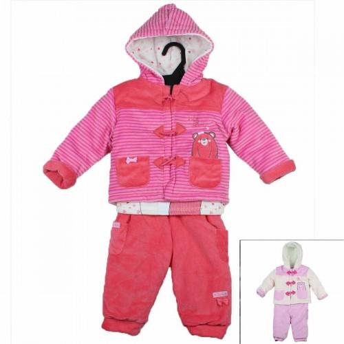 Kleidung von 3 Stück Tom Kids von 3 bis 24 Monaten